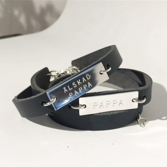 läderarmband med namnbricka - namnsmycken