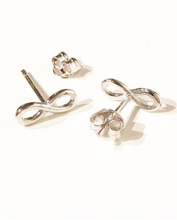 infinityörhängen earring infinity