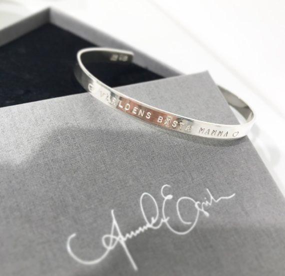 classic cuff armband med namn