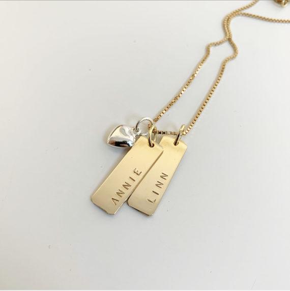 stilrent halsband i guld