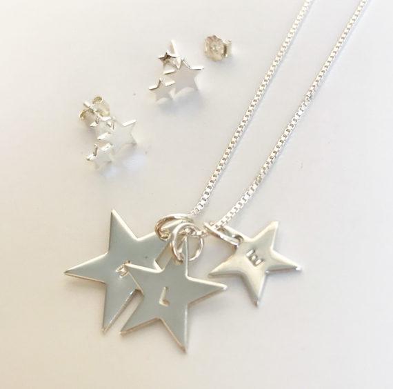 Star namnhalsband